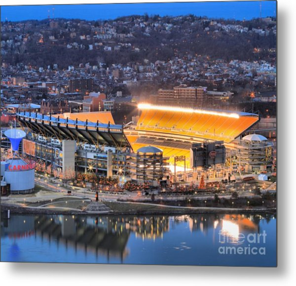 Heinz Field At Night Metal Print