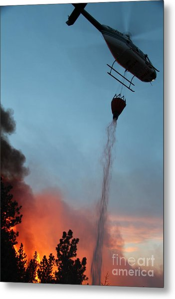 Helicopter Drops Water On White Draw Fire Metal Print