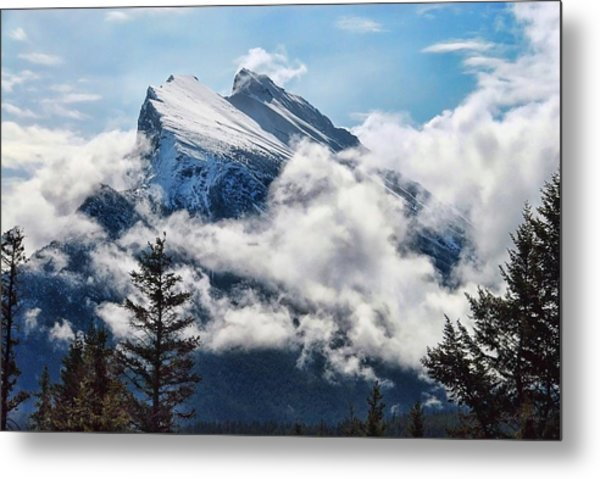 Her Majesty - Canada's Mount Rundle Metal Print