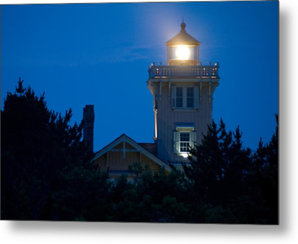 Hereford Inlet Lighthouse At Dusk Metal Print