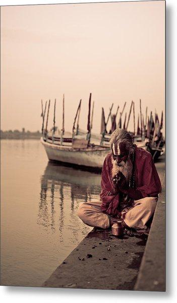 Hindu Priest Offering Prayers Metal Print