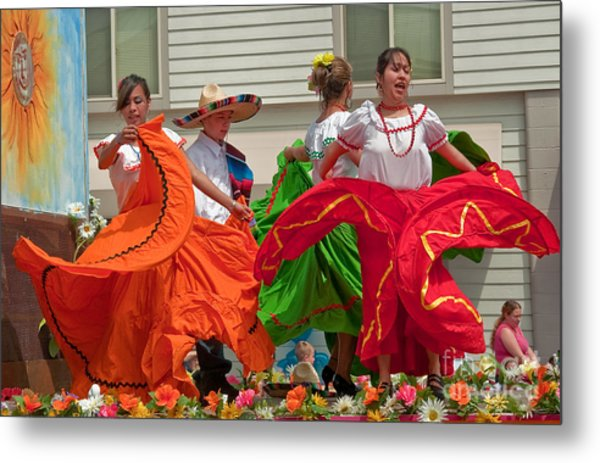 Hispanic Women Dancing In Colorful Skirts Art Prints Metal Print