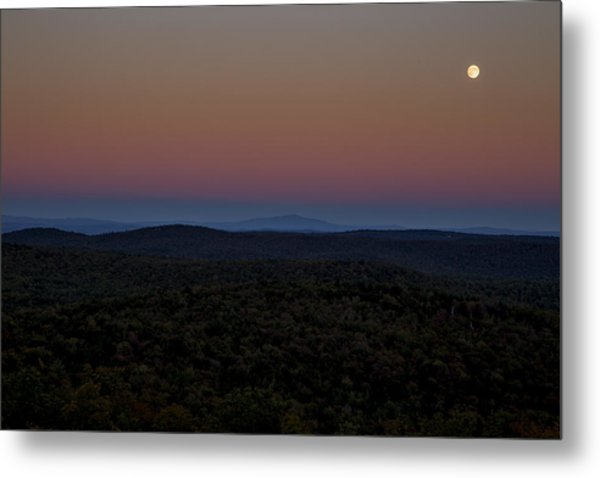 Hogback Harvest Moon Metal Print