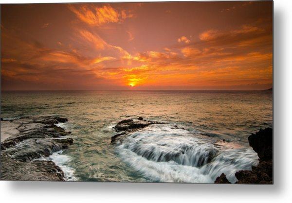 Honolulu Sunset Metal Print