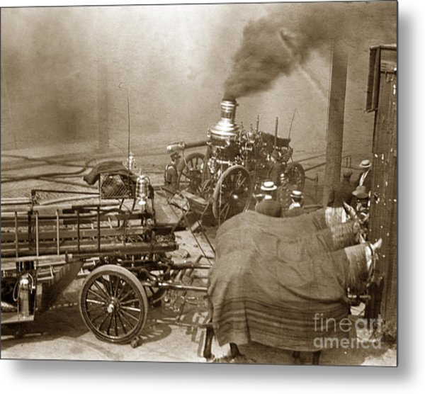 Horse Drawn Water Steam Pumper Fire Truck Circa 1906 Metal Print
