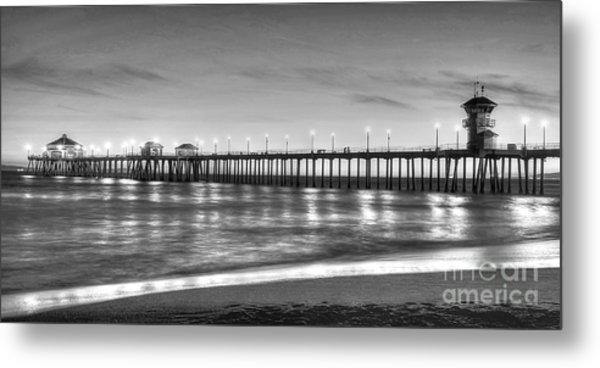 Huntington Beach Pier Twilight - Black And White Metal Print