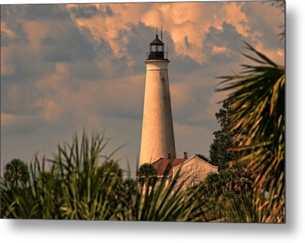 I See A Bad Storm Approaching Metal Print by Frank Feliciano