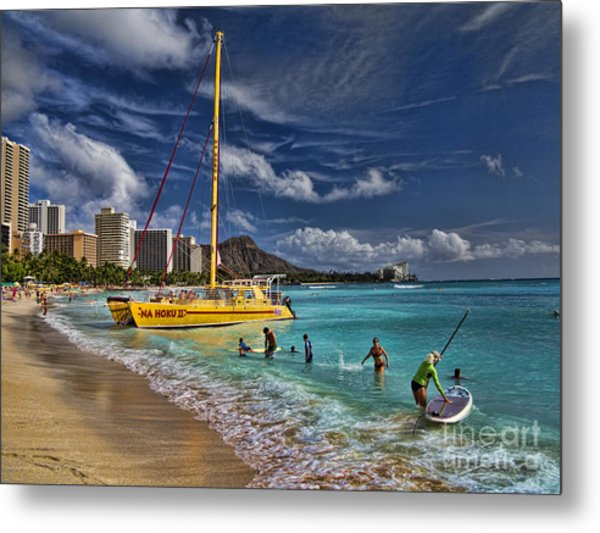 Idyllic Waikiki Beach Metal Print