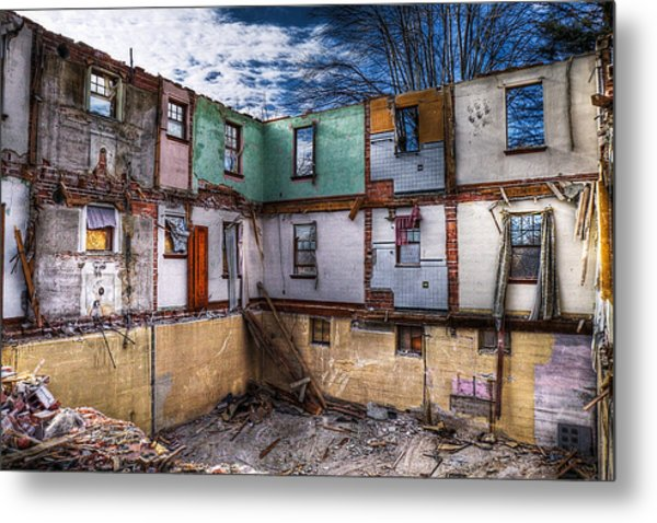 If The Walls Could Talk   Metal Print