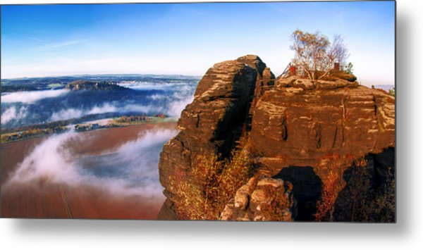 In The Sun Glowing Rock On The Lilienstein Metal Print