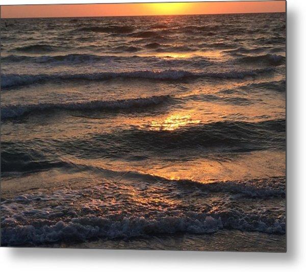 Indian Rocks Beach Waves At Sunset Metal Print