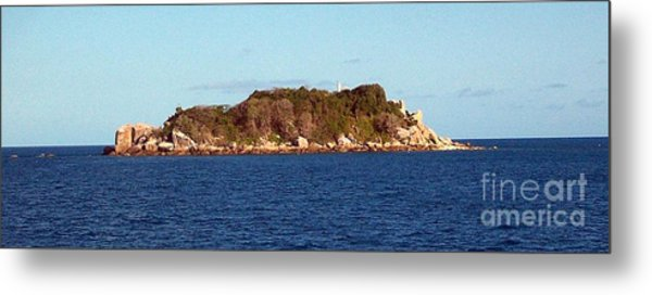 Island Lighthouse Australia Metal Print by John Potts