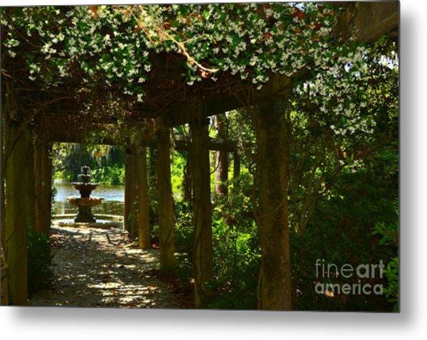 Italian Garden Pergola And Fountain Metal Print