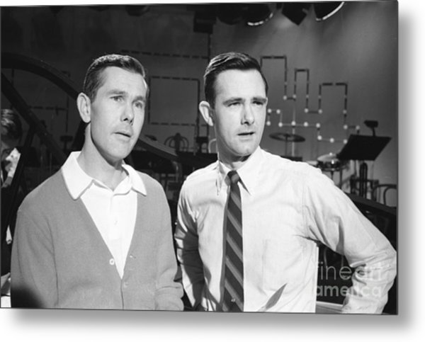 Johnny Carson With His Brother Dick Carson 1963 Metal Print