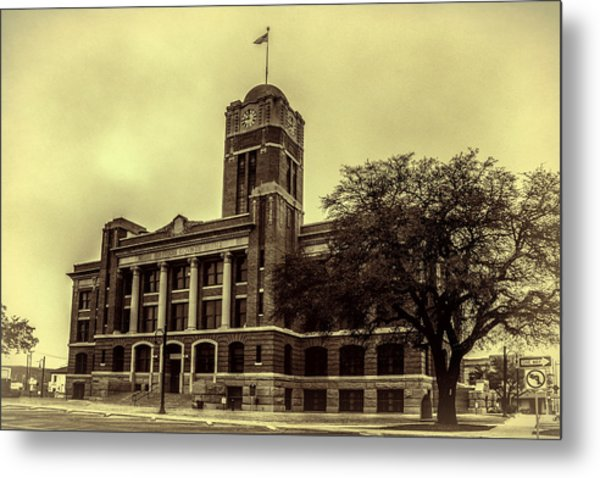 Johnson County Courthouse Metal Print