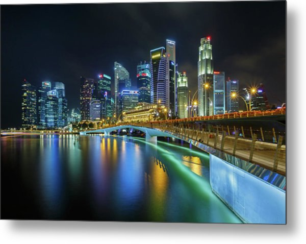 Jubilee Bridge Singapore Metal Print by Photography By Spintheday