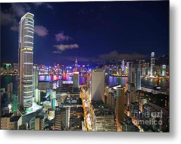 K11 In Tsim Sha Tsui In Hong Kong At Night Metal Print