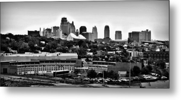 Kansas City Skyline And Roundhouse Bw Metal Print by Elizabeth Sullivan