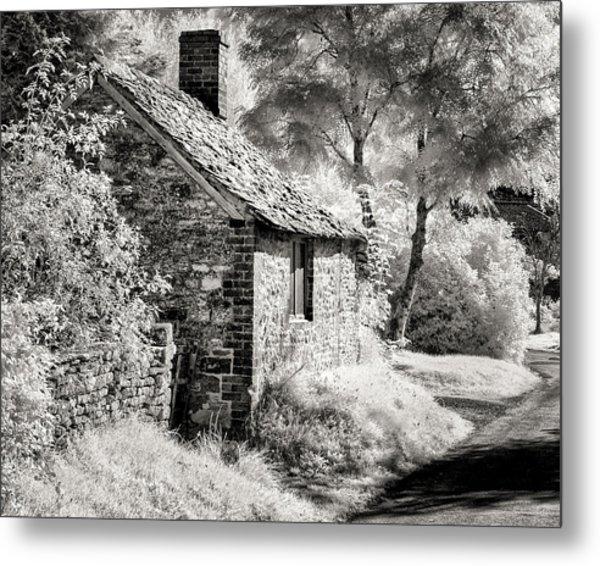 Kelmscott Cottage Metal Print
