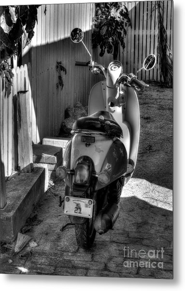 Key West Scooter Bw Metal Print by Mel Steinhauer