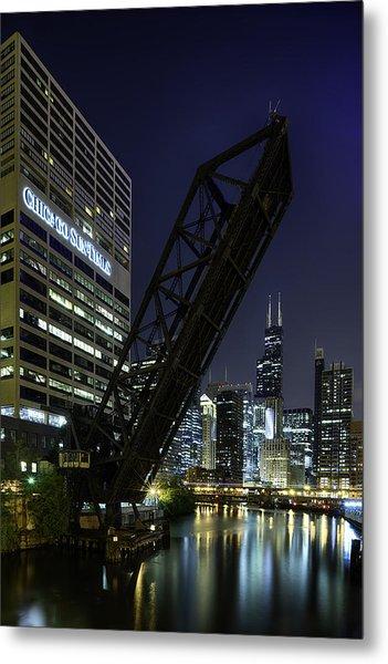 Kinzie Street Railroad Bridge At Night Metal Print