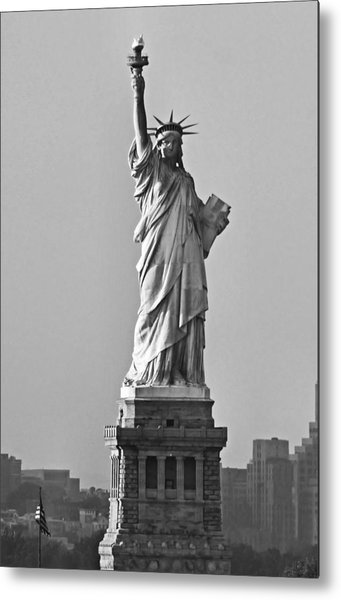 Lady Liberty Black And White Metal Print