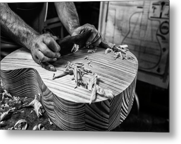 Le Luthier Metal Print by Manu Allicot