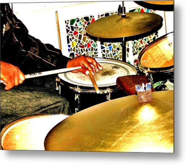 Leo Drumming Metal Print by Cleaster Cotton