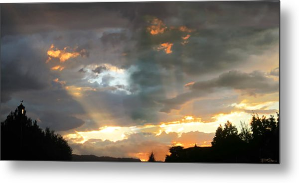 Light At Sunset Metal Print by Ric Soulen