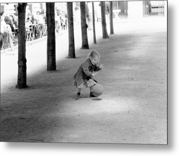 Little Girl With Ball Paris Metal Print