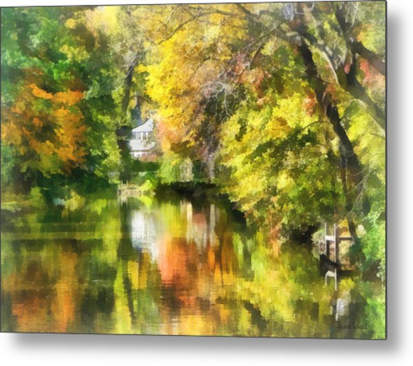 Little House By The Stream In Autumn Metal Print by Susan Savad
