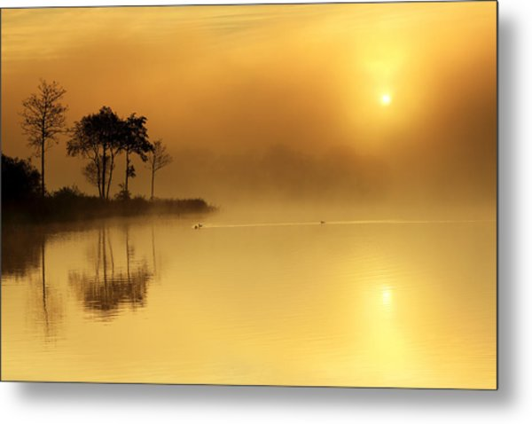 Loch Ard Morning Glow Metal Print