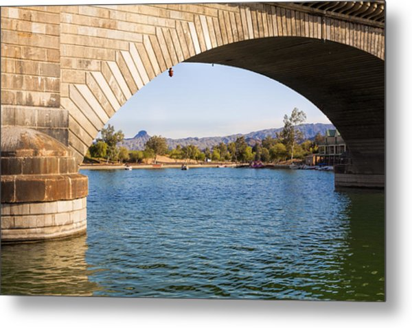 London Bridge At Lake Havasu City Metal Print
