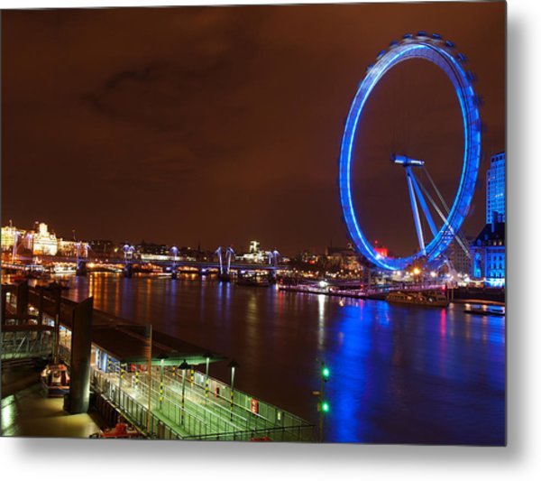 London Eye By Night Metal Print by Neven Milinkovic