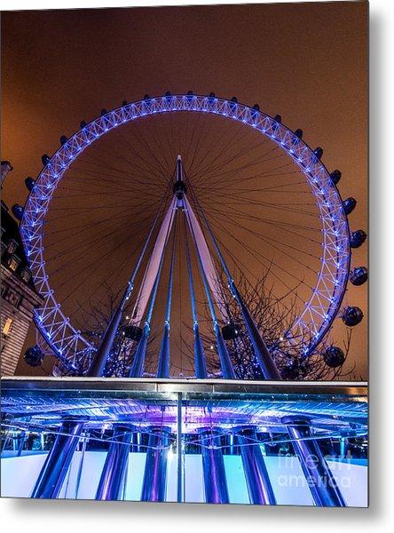 London Eye Supports Metal Print