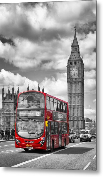 London - Houses Of Parliament And Red Bus Metal Print