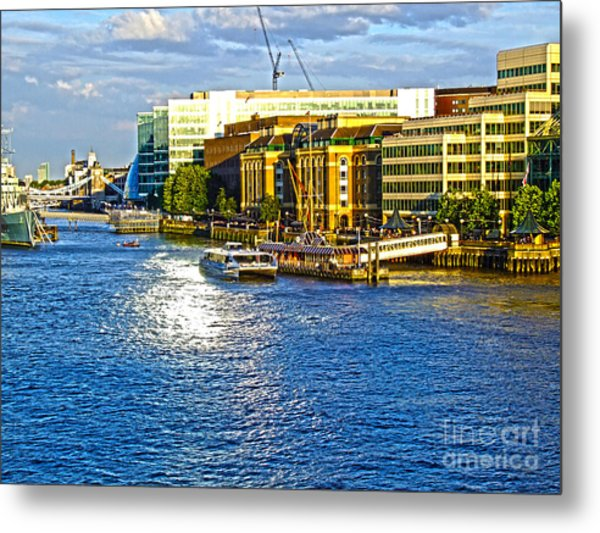 London River Thames Metal Print
