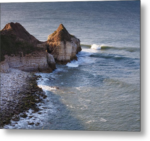 Lone Wave Breaking Metal Print