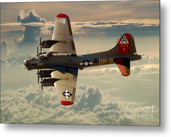 Long Flight Home Of A B-17 Metal Print