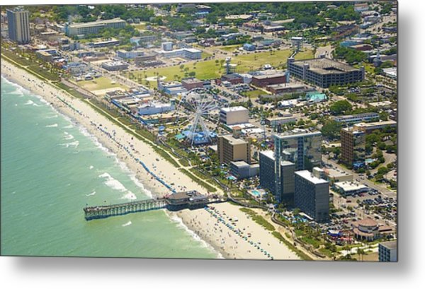 Metal Print featuring the photograph Looking Down by Ralph Jones