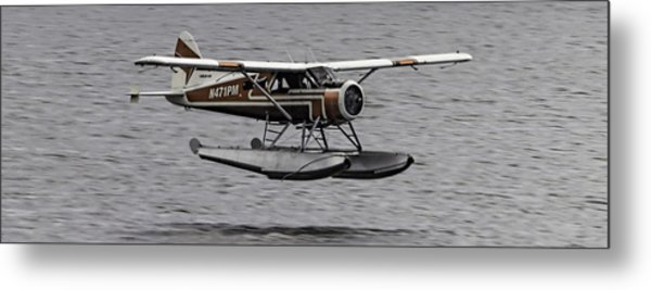 Low Flying Plane 003 Metal Print