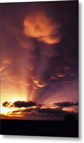 Mammatus Sunset Over Colorado Metal Print
