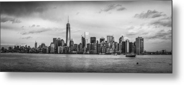 Manhattan Skyline Black And White Metal Print