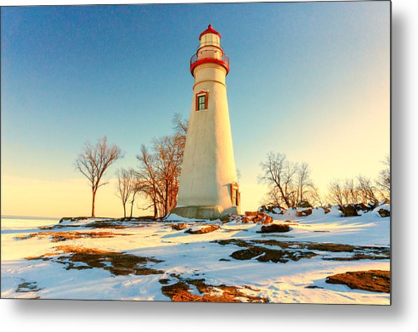 Marblehead Ohio Lighthouse Sun And Snow Metal Print