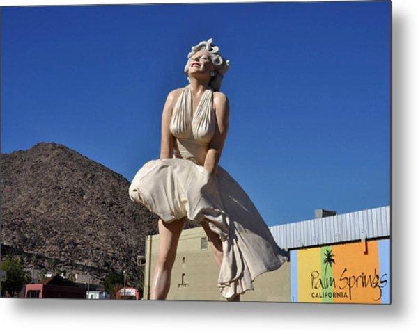 Marilyn Monroe Statue In Palm Springs California Metal Print
