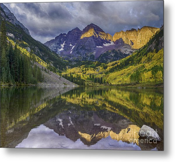 Maroon Bells Morning Sun Metal Print