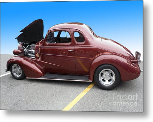 Maroon Coupe Metal Print