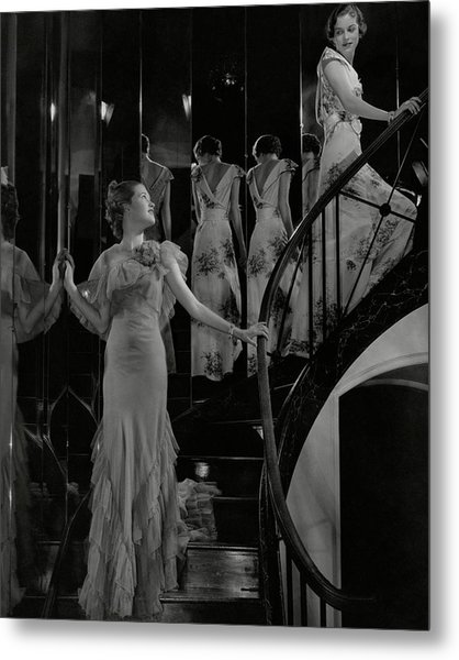 Mary Taylor And Anne Whitehead On A Staircase Metal Print by Edward Steichen