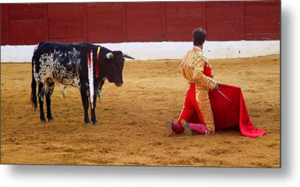 Matador Kneeling  Metal Print by Dave Dos Santos