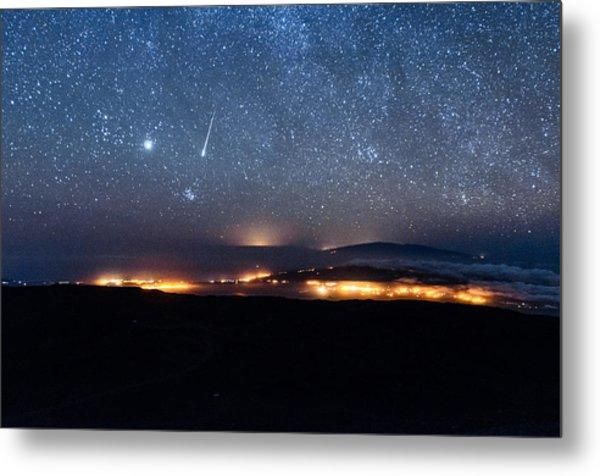 Meteor Over The Big Island Metal Print